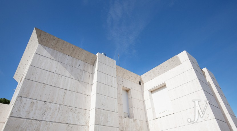 La Florida 6.500m2 de parcela sobre la cual se levanta un chalet de 2.400m2 en construcción. 14