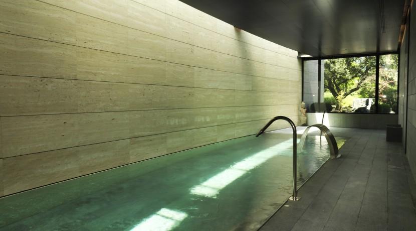 piscina interior la finca