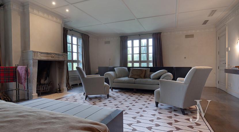 Casa de estilo Toscana en parcela de 10.000m2 13