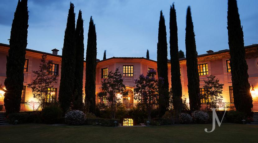 Casa de estilo Toscana en parcela de 10.000m2 2
