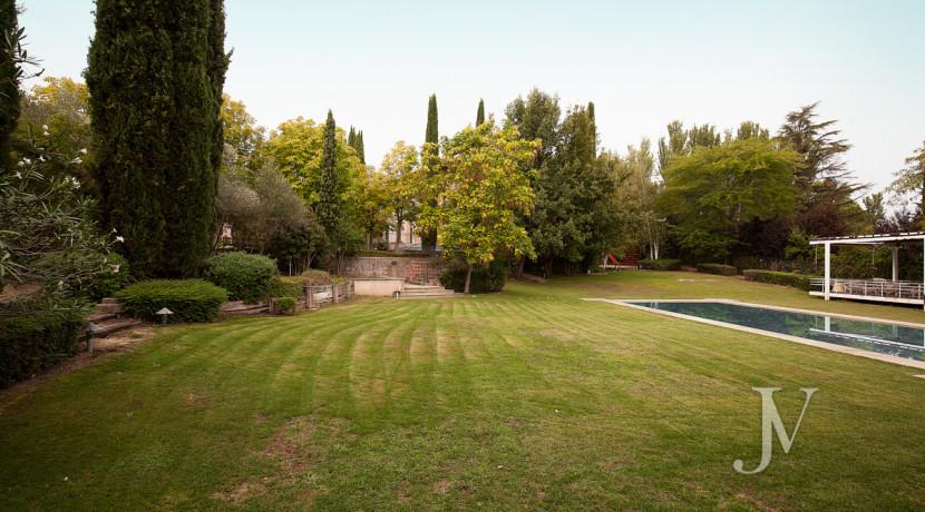 Casa de estilo Toscana en parcela de 10.000m2 23