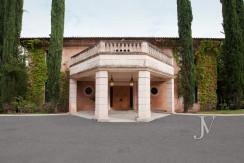 Casa de estilo Toscana en parcela de 10.000m2 26