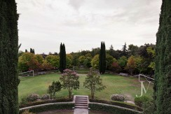 Casa de estilo Toscana en parcela de 10.000m2 33