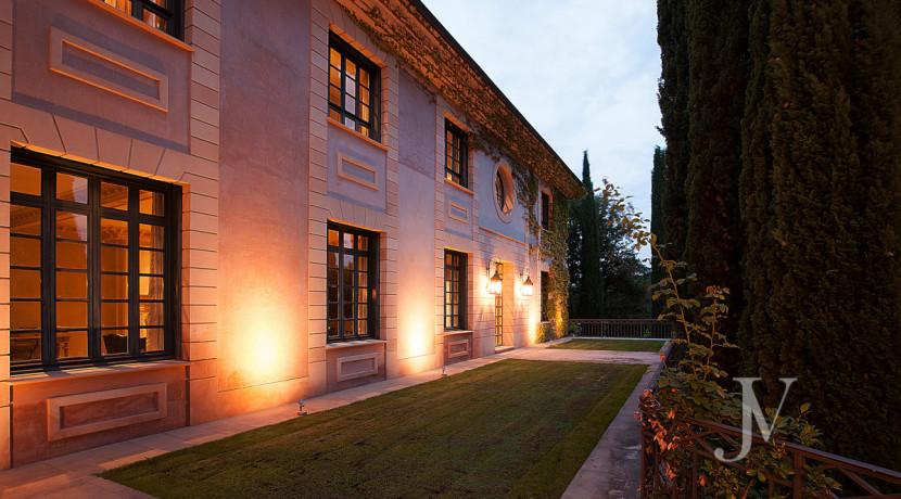 Casa de estilo Toscana en parcela de 10.000m2 6