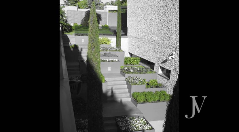 Chalet construido por un prestigioso arquitecto en Valdemarin 14
