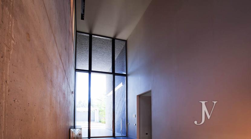 Chalet construido por un prestigioso arquitecto en Valdemarin 22