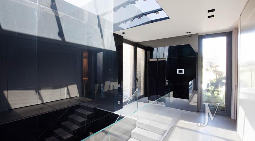 Chalet construido por un prestigioso arquitecto en Valdemarin 30