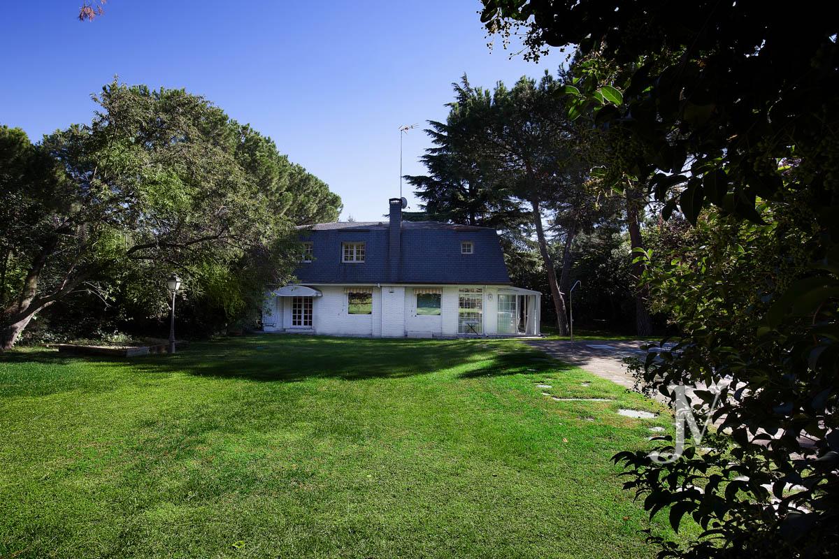 Detached house for sale in parque conde de orgaz jaime valcarce - Chalet conde orgaz ...
