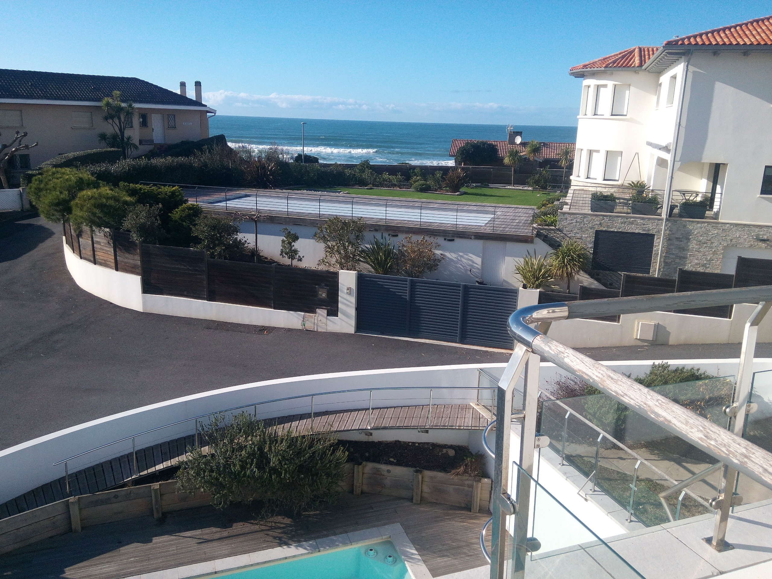 Detached house for sale in Biarritz with views to the sea