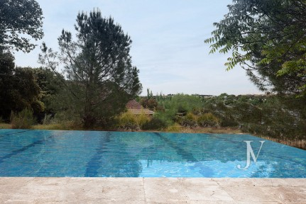 Detached house for sale in La Moraleja, currently being constructed