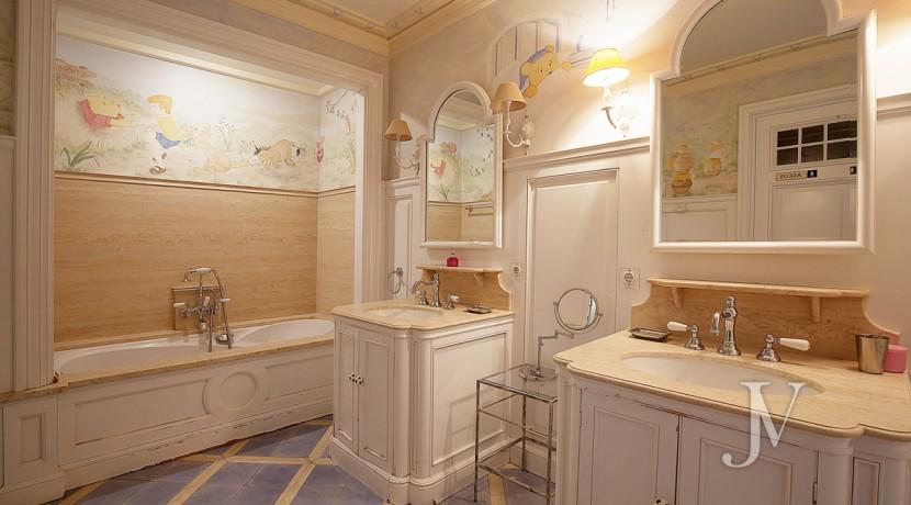 Casa-de-estilo-Toscana-en-parcela-de-10.000m2-32