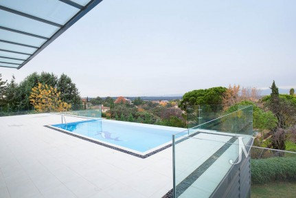 Independent house with spa in Ciudalcampo