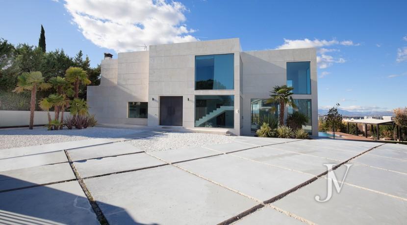 Chalet en venta en La Moraleja, con Spa sobre parcela de 2.700m2 20
