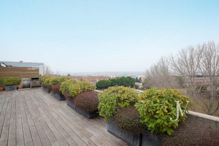 Duplex penthouse in the Encinar de los Reyes, 186m2 living area + 95m2 of terrace