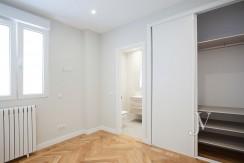 A estrenar en el Barrio de Salamanca, 196m2, 3 dormitorios. 23