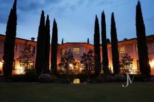 Casa-de-estilo-Toscana-en-parcela-de-10.000m2-2