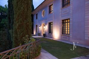 Casa-de-estilo-Toscana-en-parcela-de-10.000m2-7