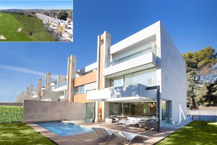 Newly built townhouse, bordering Golf of Puerta de Hierro