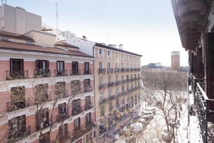 Barrio de Salamanca, junto al Retiro, a estrenar, 2 dormitorios grandes.