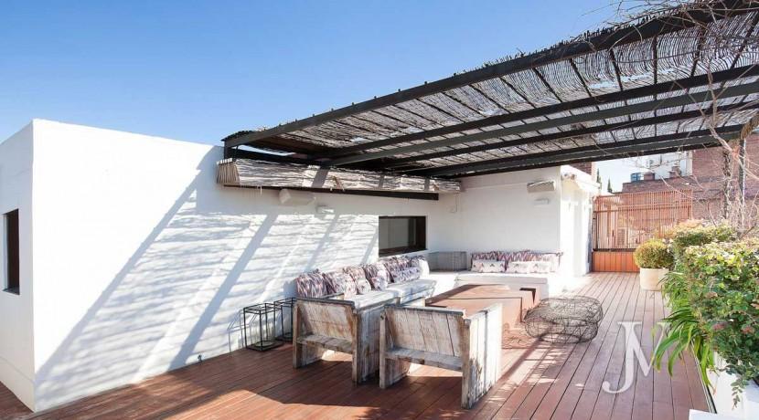 Ático con terraza en la zona de Pío XII, edificio con jardín y piscina25