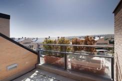 Penthouse-duplex with 3 bedrooms in El Encinar de los Reyes