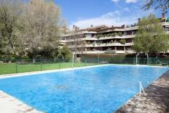 Ático con piscina privada en El Soto de La Moraleja 38