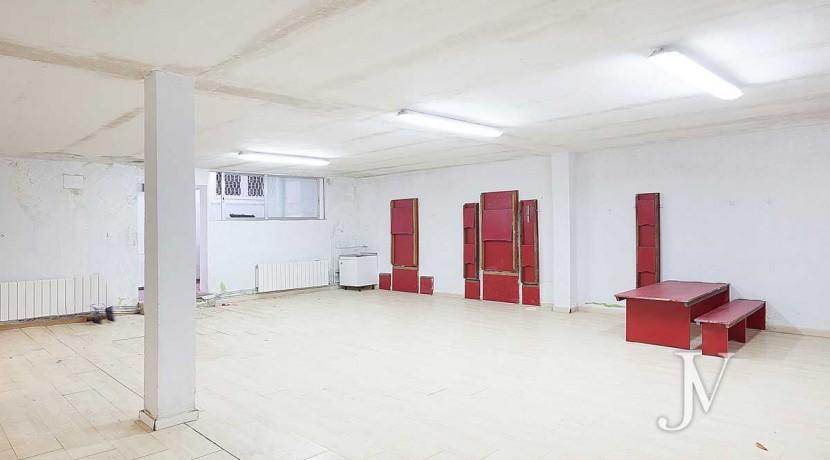 Chalet en El Viso, 503m2, calle principal, Vivienda ó Centro Educativo, amplio sótano 30