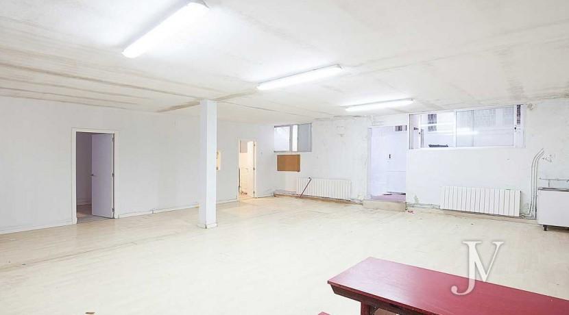 Chalet en El Viso, 503m2, calle principal, Vivienda ó Centro Educativo, amplio sótano 32