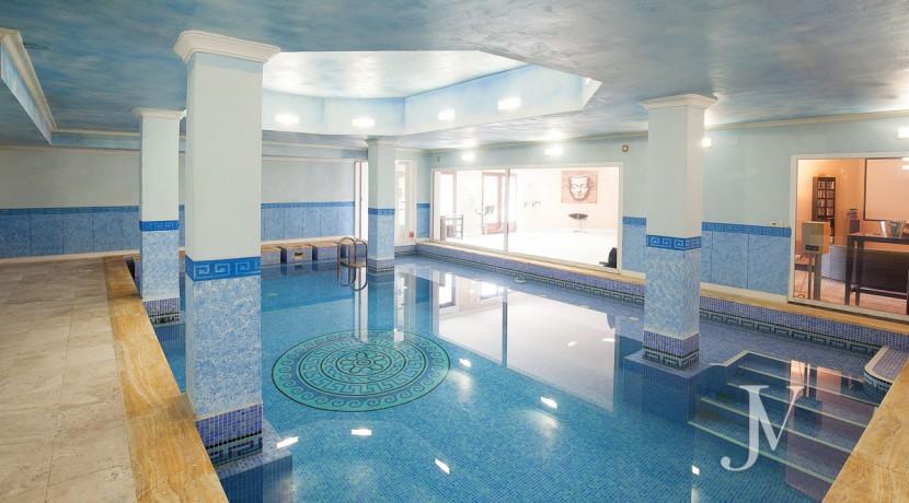 La Moraleja Vivienda de estilo clásico construida en el 2001, con Spa 2