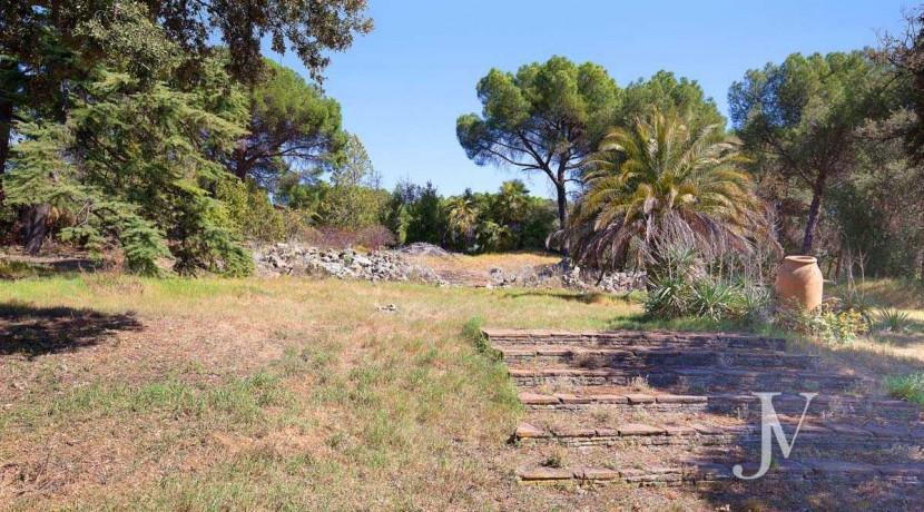 La Moraleja- terreno con vistas, de 46.309m2 para 1 o 4 unifamiliares, en la mejor zona de La Moraleja 11