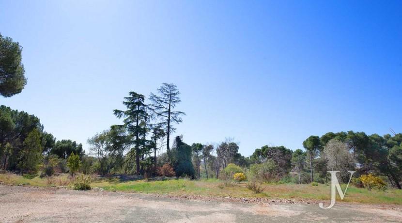 La Moraleja- terreno con vistas, de 46.309m2 para 1 o 4 unifamiliares, en la mejor zona de La Moraleja 3