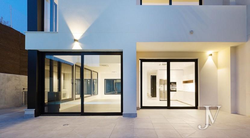 Puerta de Hierro- Obra Nueva, pareado, salón con techos de doble altura 6