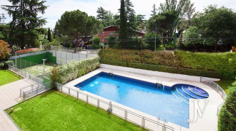Parque Conde Orgaz Piso en venta con seguridad 24 horas, calidades premium 32