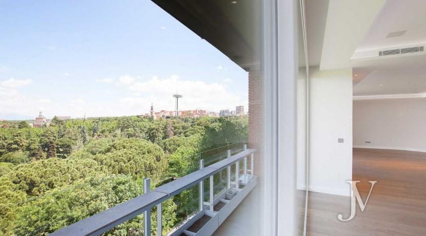 Rosales, impresionantes vistas, 436m2 a estrenar, 3 plazas de garaje 10