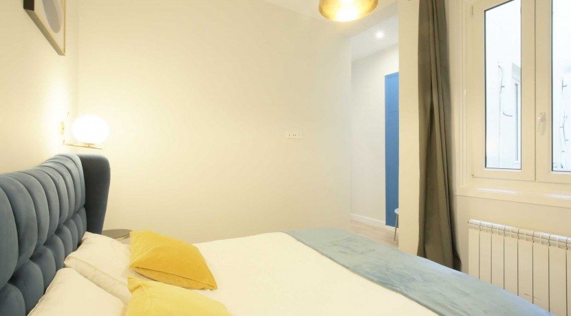 Chueca, 4 dormitorios, 3 baños, edificio clásico y representativo 17