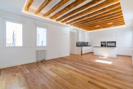 Salamanca Neighborhood, Columela street, last floor, brand new, 193m3