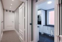 Alquiler en el mejor tramo de la calle Serrano. Bº Salamanca, 2 dormitorios con 2 baños. 11