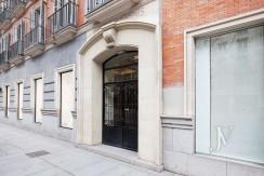 Alquiler en el mejor tramo de la calle Serrano. Bº Salamanca, 2 dormitorios con 2 baños. 2