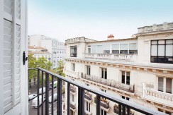 Alquiler en el mejor tramo de la calle Serrano. Bº Salamanca, 2 dormitorios con 2 baños.