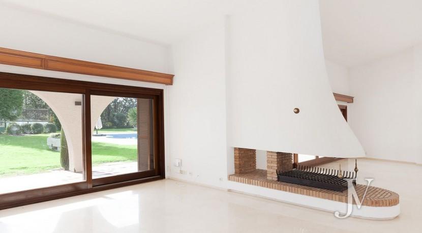 La Moraleja, 2.615m2 de parcela con vistas (una de las mejores de la urbanización), con vivienda, squash y paddle12