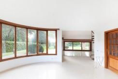 La Moraleja, 2.615m2 de parcela con vistas (una de las mejores de la urbanización), con vivienda, squash y paddle21