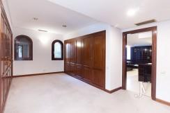 La Moraleja, 2.615m2 de parcela con vistas (una de las mejores de la urbanización), con vivienda, squash y paddle28