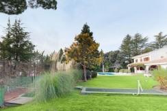 La Moraleja, 2.615m2 de parcela con vistas (una de las mejores de la urbanización), con vivienda, squash y paddle4