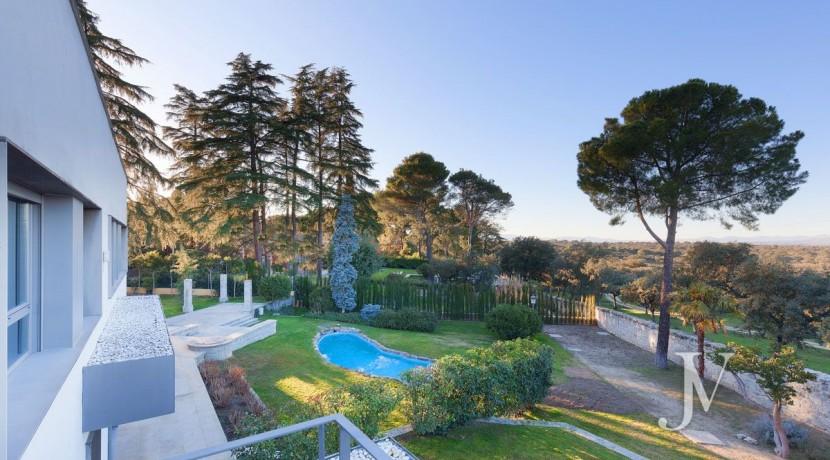 Casa Quemada, chalet moderno lindando con El Pardo, en parcela de 3.000m2 4