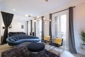 Chueca-4-dormitorios-3-baños-edificio-clásico-y-representativo-1