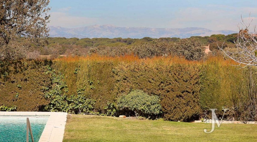 Las Encinas- chalet con vistas a la sierra en parcela de 10.000m2, posibilidad de llegar hasta 30.000m2 28