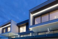 Vivienda construida en el 2019, en parcela con magnificas VISTAS, piscina tipo infinity pool5