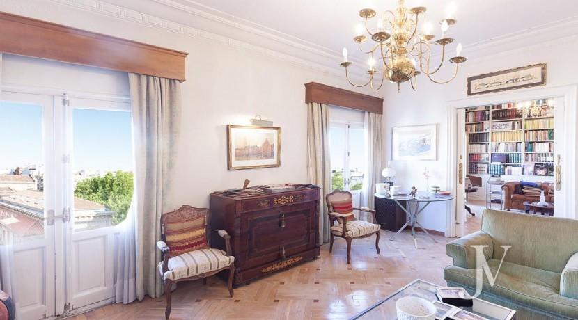 Almagro - Chamberí - Jose Abascal- 5 balcones a la calle, buenas vistas, 372m2 para reformar. 15