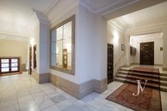 Ático amueblado de 2 dormitorios en la calle Alcalá (Ventas Guindalera) 13