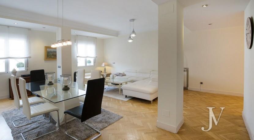 Ático amueblado de 2 dormitorios en la calle Alcalá (Ventas Guindalera) 6